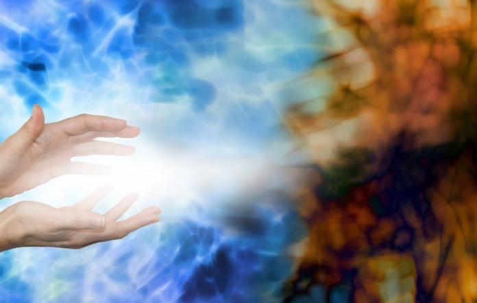 se puede intercambiar energia entre dos personas
