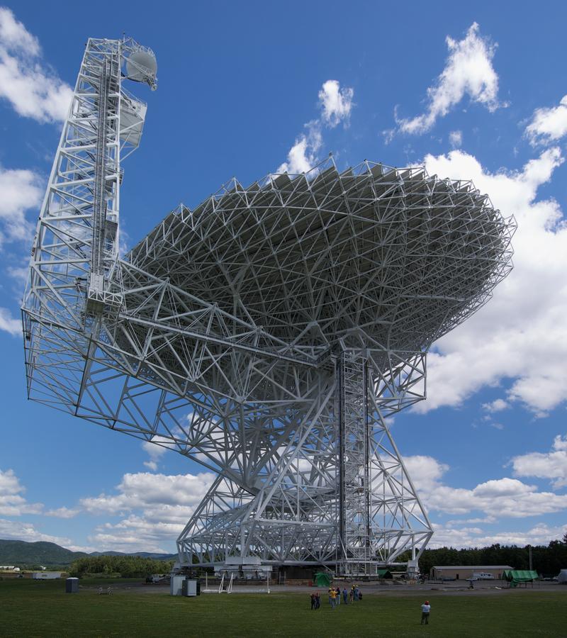 Inteligencia Artificial ayuda a rastrear misteriosas señales provenientes del espacio