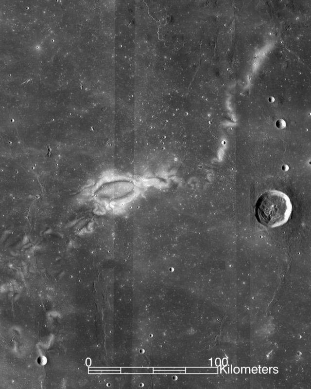 Científicos descubren el origen de los remolinos lunares