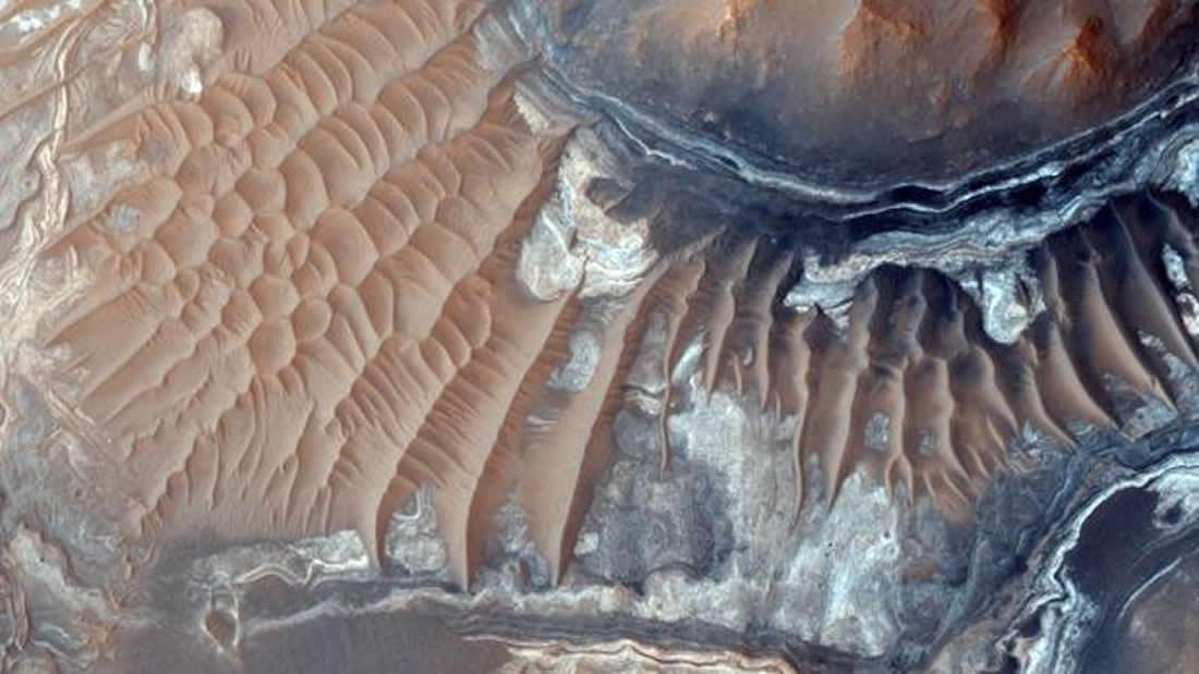 Marte podría tener suficiente oxígeno para albergar vida subsuperficial
