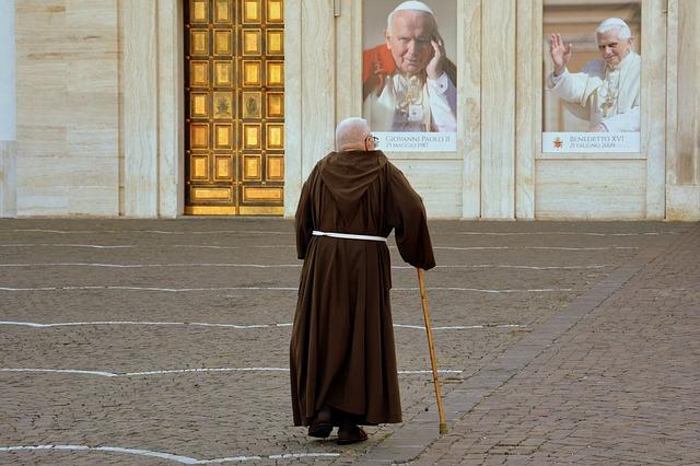 La Iglesia católica y la imposición del celibato a los sacerdotes