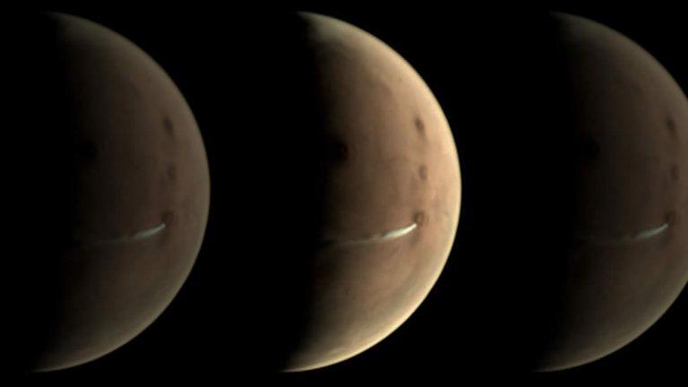 Científicos están rastreando una extraña nube que apareció en la superficie de Marte