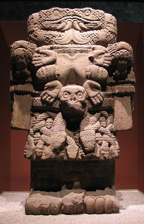Escultura azteca de Coatlicue