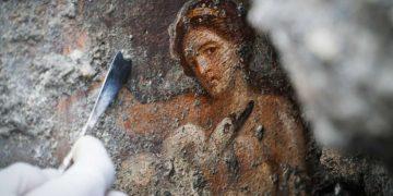 Hallan en Pompeya una antigua habitación con diseños eróticos