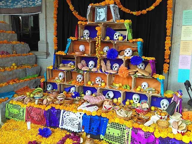Altar de Día de Muertos en Actopan, Hidalgo, México.