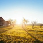 Familia permaneció 9 años aislada en una granja esperando el fin del mundo