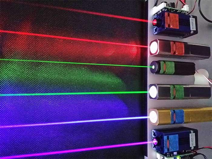 Seis láseres en operación