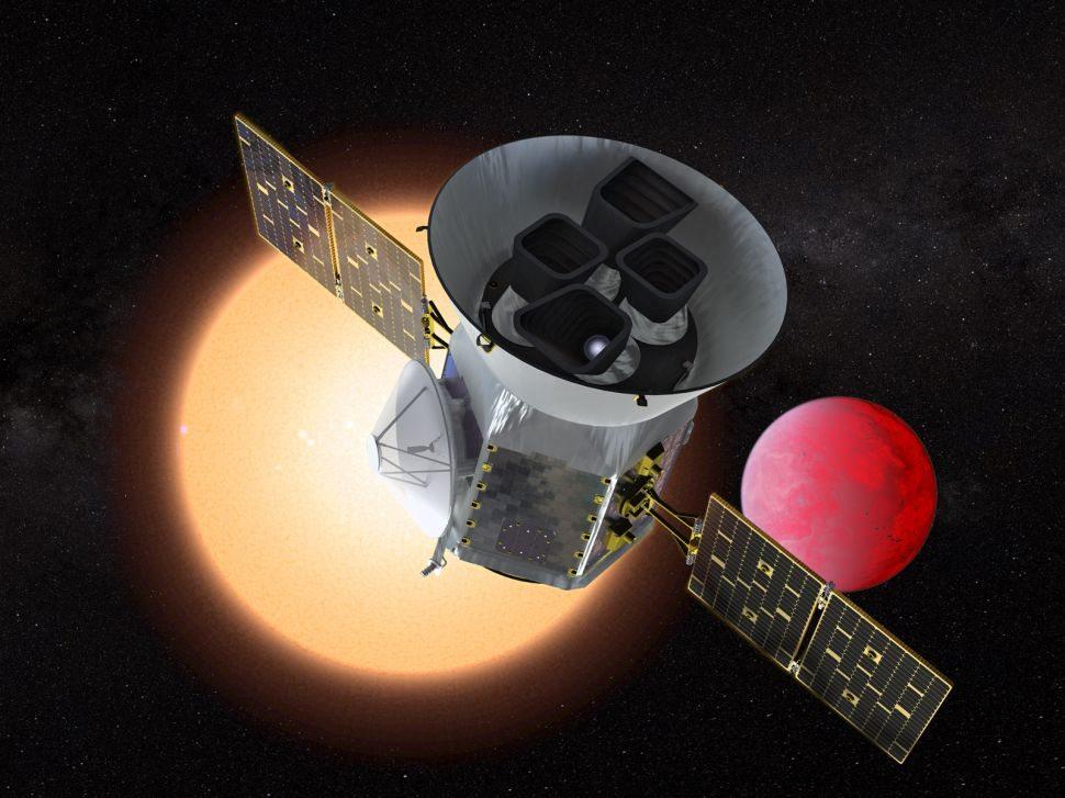 Exoplaneta 'improbable' descubierto con TESS