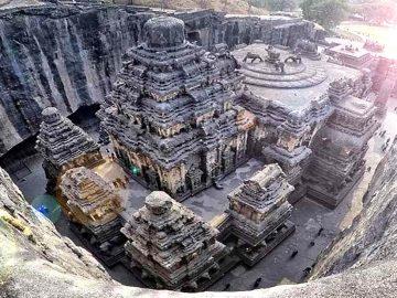 Kailāsanātha el templo tallado en una sola roca