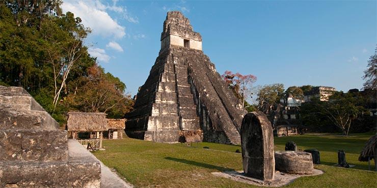 Templo I o del gran Jaguar en Tikal