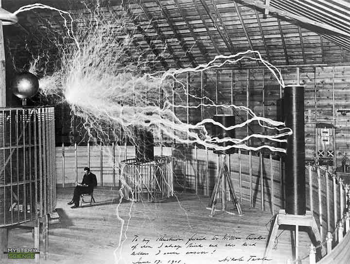 Tesla y su dispositivo eléctrico