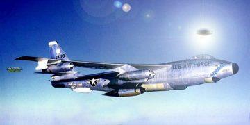 El incidente del OVNI y el avión RB-47 ocurrido en julio de 1957
