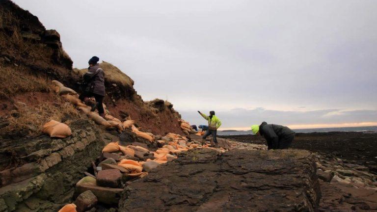 Tormenta deja al descubierto un cementerio vikingo de casi 1.500 años de antigüedad