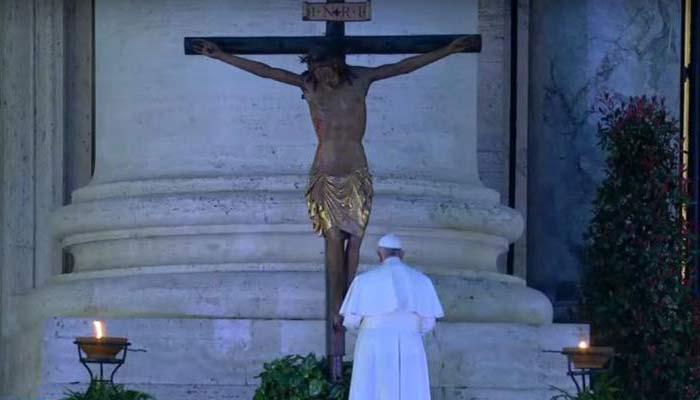 Rezo del Papa Francisco al Cristo de San Marcello por coronavirus