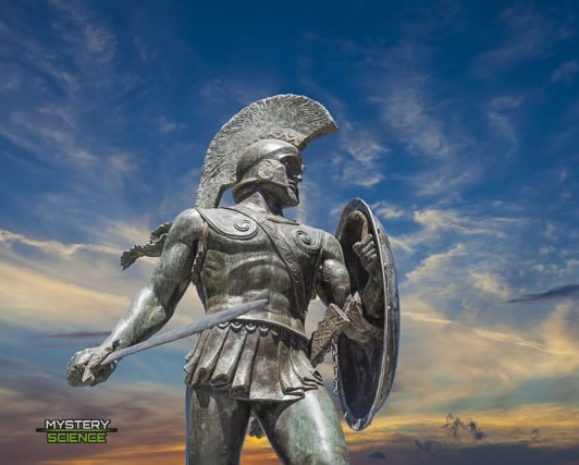 Estatua que muestra a un guerrero espartano