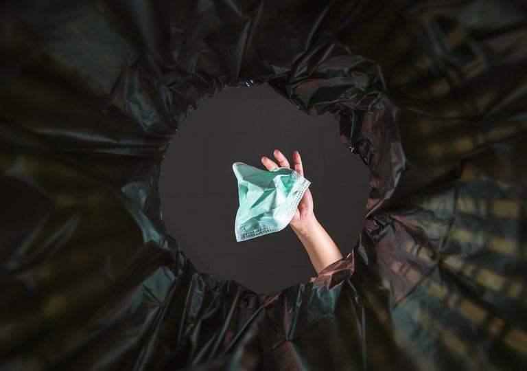 guantes y mascarillas problema ambiental