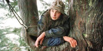 Vivió más de 2 años en un árbol para evitar que fuera talado