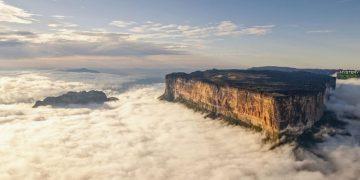 Roraima, el enigmático monte que sobresale entre las nubes