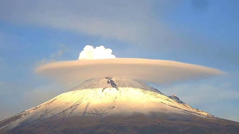 Captan extraños sonidos provenientes del volcán Popocatépetl en México