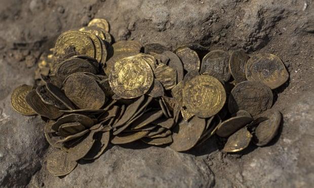 tesoro monedas de oro