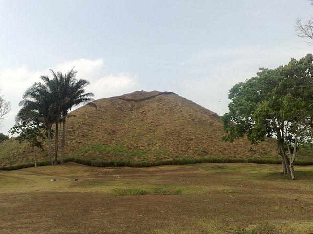 Pirámide Olmeca