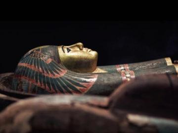 Descubren más de 80 sarcófagos intactos de 2.500 años de antigüedad en Egipto