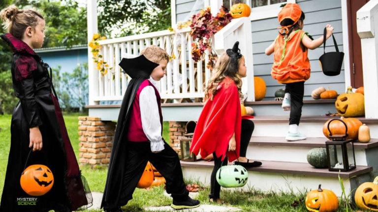 Cómo inició la tradición de pedir dulces en Halloween