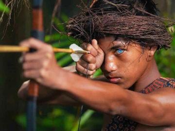 Tribu de Indonesia tiene hermosos ojos azules debido a una rara mutación genética