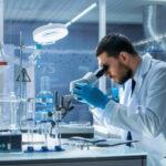 Descubren una rara enfermedad mortal que afecta solo a hombres