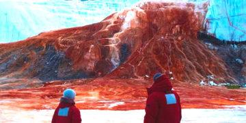 La misteriosa Catarata de sangre de la Antártida que intrigó a los científicos durante un siglo