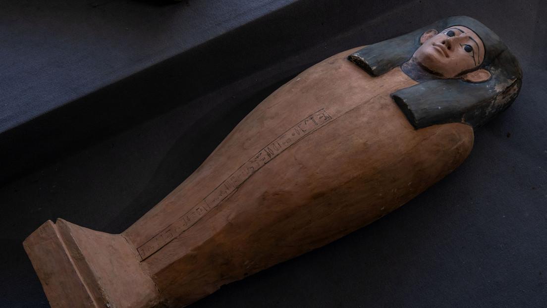 Uno de los sarcófagos descubiertos en la necrópolis de Saqqara