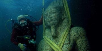 La asombrosa ciudad del antiguo Egipto hallada bajo el agua