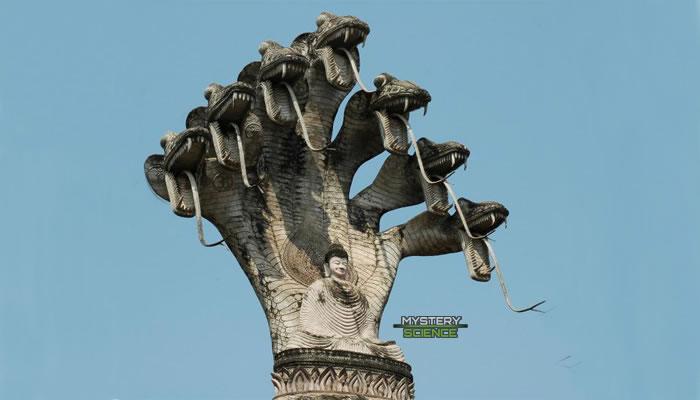 Nagas reptilianos