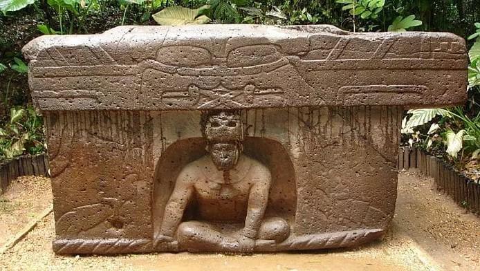 Mesón de rituales Olmeca