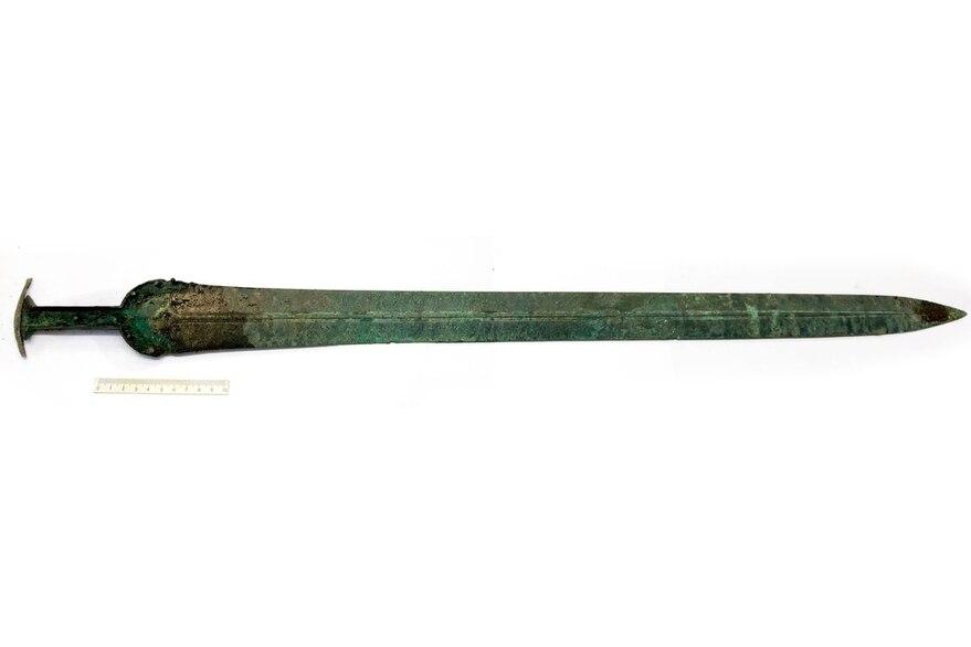espada de 3000 años de antigüedad en excelente estado