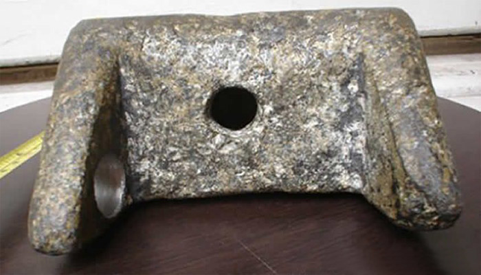Pieza de aluminio 20000 años